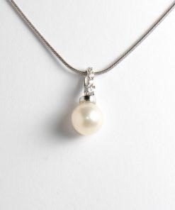 igazgyöngy gyöngy medál fehérarany cirkón kövekkel