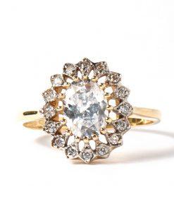 arany gyűrű nagy kővel